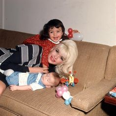 Jayne Mansfield with children Mariska & Antonio