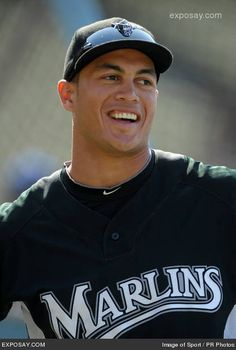 Mike Stanton... aka Giancarlo Stanton got plastic surgery to look more than Melky Cabrera but it didnt work