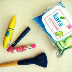 Kara Wet Wipes - A Complete Travel Essential Product Review | Kara Wet Wipes | wet wipes | wet tissues | Aloe vera | Cucumber