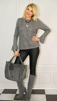 Photo Sessions, Leather Pants, Fashion, Tunic, Leather Jogger Pants, Moda, Fashion Styles, Lederhosen, Leather Leggings