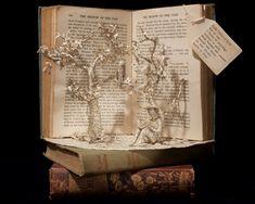 book sculpture - Buscar con Google