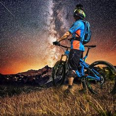 - Credot: Even if ur life suck some time. Just look at the stars its a mirror of you - Downhill Bike, Mtb Bike, Cycling Bikes, Bmx Bicycle, Bicycle Wheel, Mountain Biking Quotes, Mountain Biking Women, Cycle Pic, Radical Sports