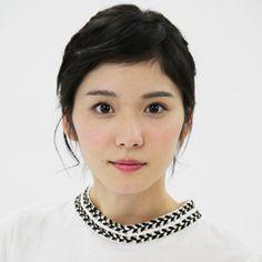 松岡茉優 - Google 検索
