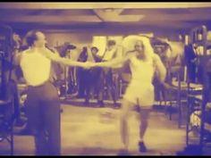 Gus Dahström - Dragspelsvals 1947 ( Morgon revelj )
