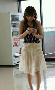 I want a rainbow of skirts like this! Sheer Dress, Dress Skirt, Cooler Style, Sheer Clothing, Girl Fashion, Womens Fashion, Beautiful Asian Women, Sexy Asian Girls, Belle