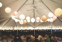 Image from http://dorhoro.com/wp-content/uploads/2014/10/fall_wedding_reception_decorating_ideas_outdoor_wedding_decor_tent_wedding_decor_in_a_tent_.jpg.