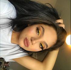 110 ultimate summer makeup trends that are hotter than the summer days 8 Makeup Eye Looks, Cute Makeup, Glam Makeup, Pretty Makeup, Eyeshadow Makeup, Hair Makeup, Makeup Brushes, Makeup Geek, Yellow Eye Makeup