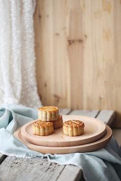 mooncakes by Vivian An, via Flickr