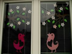 Diy Crafts For Gifts, Crafts For Kids, Kindergarten Activities, Activities For Kids, Windows Color, Mosaic Birds, Paper Stars, Window Decals, Felt Dolls