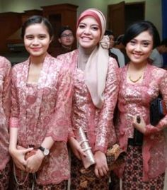 Kebaya Kutu Baru Muslim Modern Brokat, Kebaya, Muslim, Sari, Modern, Cute, Fashion, Saree, Moda
