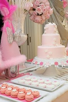 This would be so pretty for a bridal shower, baby shower or even a birthday party.