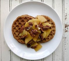waffle topping apple and pecan: Peel, core and thinly slice 2 apples. In a medium skillet over medium heat, melt 2 tablespoons butter. Add the apples and 2 tablespoons brown sugar and sauté until the apples are soft but not falling apart, 5-7 minutes. Meanwhile, cook waffles per your recipe or the package instructions. Divide the apple slices and any liquid from the pan among the waffles and sprinkle each serving with chopped, toasted pecans. Chili Toppings, Waffle Toppings, Breakfast Sausage Links, Breakfast Recipes, How To Make Waffles, Quick And Easy Breakfast, Toasted Pecans, Cinnamon Rolls, Kids Meals