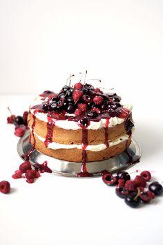 Cherries and berries - cherry cake - blondie cake - white chocolate ganache - white chocolate cake - baking - cake recipe