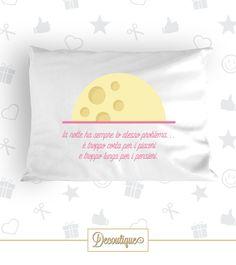 GUANCIALE #dormire #sleep #bed #handmade #idearegalo #cotone #dream #sogno #sognare #notte #night #buonanotte #dolcedormire #buonaluna #relax #home #stanzadaletto #letto #interior #white #moon #luna #gialla #yellow #pensieri #piaceri #pleasures #italia #napoli Codice: GUA09 Prezzo: 9,00€ Spedizione in Italia: 2,00€  Per prenotare il tuo Guanciale contattaci in privato o all'indirizzo email info@decoutique.it. Personalizza il tuo Guanciale con lo stile più adatto a te. Affidati a noi per la…