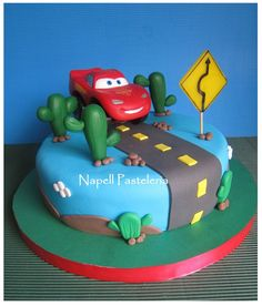 Gateau Flash Mcqueen, Cupcakes, Cupcake Cakes, Cars Theme Cake, Baby Boy Birthday Cake, Mcqueen Cake, Holiday Snacks, Cakes For Boys, Girl Cakes