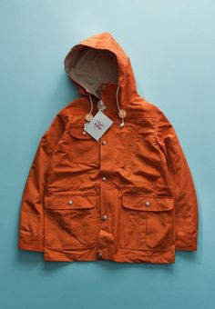 Great men's jacket. Love it. But his tokus will  be cold, because the jacket is short. But winters seem to be getting warmer. Biddy Craft