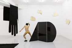 A SLOW DANCE WITHOUT NAME. JACOPO MILIANI at Kunsthalle Lissabon | CURA.