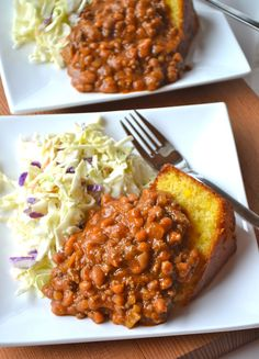 canola or olive oil, for cooking  1/2-1 lb ground beef  1 onion, finely chopped  1 red pepper, seeded and chipped  1 14 oz. (398 mL) can lentils, drained  1 14 oz. (398 mL) can brown beans in tomato sauce  2 cups tomato sauce  2 Tbsp. brown sugar  1 Tbsp. Worcestershire sauce  1 Tbsp. balsamic vinegar