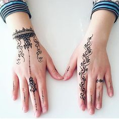 Cute and simple by - Henna Henna Hand Designs, Henna Tattoo Designs Simple, Latest Mehndi Designs, Beautiful Henna Designs, Mehndi Designs For Hands, Modern Henna Designs, Mehandi Designs, Henna Tattoo Hand, Hand Tattoos