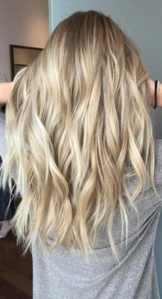 blonde + long hairstyle / #hairstyles