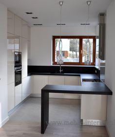 Kitchen Layout Interior, Kitchen Room Design, Kitchen Cabinet Design, Modern Kitchen Design, Home Decor Kitchen, Kitchen Layouts, Room Design Bedroom, Home Room Design, Small Kitchen Makeovers