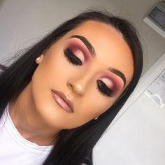 Makeup Chair a Makeup Artist Online High Fashion Makeup, Sexy Makeup, Flawless Makeup, Glam Makeup, Gorgeous Makeup, Makeup Inspo, Makeup Inspiration, Formal Makeup, Beauty Makeup