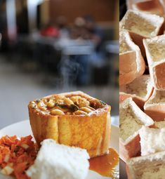 Traditional Bean Bunny Chow Recipe from south africa South African Recipes, Indian Food Recipes, Healthy Dinner Recipes, Beef Recipes, Vegetarian Recipes, Ethnic Recipes, Bean Bunny, Salmon Dishes, Chow Chow