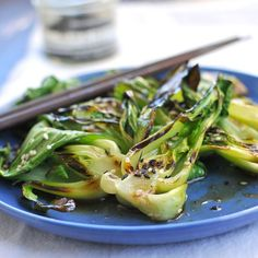 Steam-Grilled Baby Bok Choy with Sesame Soy Vinaigrette - light, tasty and ready in just 5 minutes! vegan and gluten-free