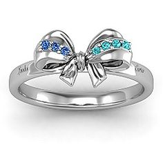bow mothers ring....I gotta have!!