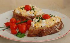 Fotorecept: Nátierka z cottage cheese a praženice Cottage Cheese, Baked Potato, Pizza, Potatoes, Meals, Baking, Ethnic Recipes, Fit, Meal