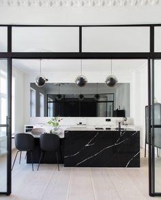 New kitchen at Norwegian inluencer - Lene Orvik - Everyday joy - Kitchen Decor Joy Kitchen, Home Decor Kitchen, Kitchen Interior, Comfortable Living Room Chairs, Suspension Design, Kitchen Pendants, Cuisines Design, Interior Decorating, Interior Design