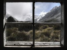 The sun did not shine. It was too wet to play. So we sat in the house. All that cold, cold, wet day. Aoraki/Mount Cook. Photo: †#€ ßΩ∂†M∂И | flickr | CC BY-NC 2.0