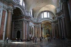 Basilica di Santa Maria degli Angeli e dei Martiri - Roma - L'edificio è nato dalla sistemazione nel 1562, ad opera di Michelangelo dell'aula centrale (frigidarium) delle Terme di Diocleziano, per disposizione di papa Pio IV