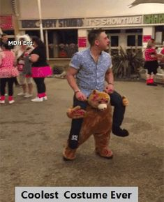 Funny pictures about Coolest Costume Ever. Oh, and cool pics about Coolest Costume Ever. Also, Coolest Costume Ever photos. Funny Cute, The Funny, Hilarious, Golf Humor, Halloween Disfraces, Cool Costumes, Costume Ideas, Funny Costumes, Just For Laughs