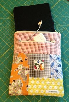 Quilting: QAYG tablet or e-reader sleeve