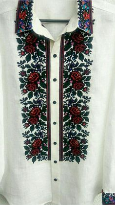 Роксолана Богуцька Modern Embroidery, Embroidery Patterns, Polish Embroidery, Embroidered Blouse, Kurti, Ukraine, Fashion Beauty, Cross Stitch, Men Casual
