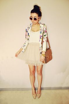Floral blazer and white loose tank with a nude chiffon skirt  flowy skirt with lace flower detailing. Nude heels sunglasses accessories Cute teen spring fashion  outfit with white coat