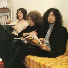 I had to post this again because Jimmy and Bonzo are eating cookies and it's so cute! Jimmy is in mid chew ❤️❤️❤️ @debbyu2  #jimmypage #johnbonham #robertplant #ledzeppelin