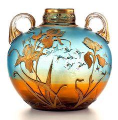 Art Nouveau LALIQUE Vase  Gepind door:  www.sieradenschilderijenatelierjose.com