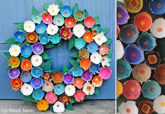 Enkelt påskpyssel med äggkartong | Allas.se Easter Crafts, Diy And Crafts, Christmas Crafts, Crafts For Kids, Frame Crafts, Spring Has Sprung, Diy For Kids, Decorative Plates, Manualidades