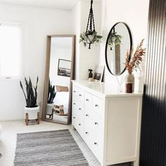 30 + Amazing Boho Schlafzimmer Deko-Ideen - Home inspo - Room Ideas Bedroom, Home Decor Bedroom, Shabby Bedroom, Bedroom Designs, Bedroom Inspo, Bedroom Styles, White Rustic Bedroom, Scandinavian Style Bedroom, Bedroom Nook