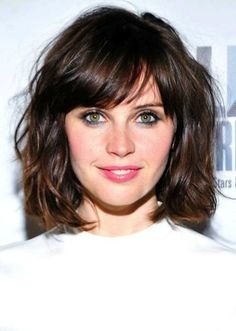 Short Wavy Bob Hairstyle with Bangs