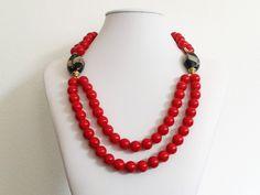 Jade - rote glatte  Jadeperlenkette  - ein Designerstück von tizianat bei DaWanda