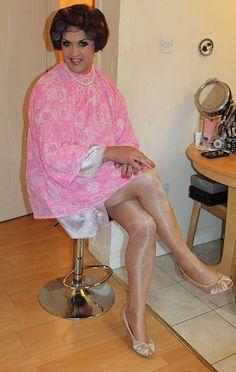 Girly Man, Pink Salon, Sleep In Hair Rollers, Sandy Hair, Feminized Husband, Hot Rollers, Hair Setting, Fantasy Hair, Curlers
