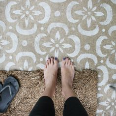 stenciled floor Well, I dont wanna make anyone jealous but, Im currently sitting outside behind the protective screens of our not-completely-decorated but. Stenciled Concrete Floor, Painted Concrete Floors, Stained Concrete, Plywood Floors, Concrete Lamp, Concrete Countertops, Laminate Flooring, Painted Patio Concrete, Concrete Furniture