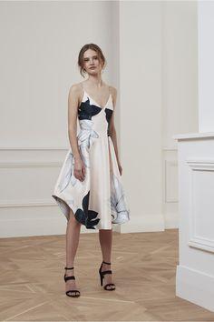 http://us.fashionbunker.com/translate-mini-dress-3?color=blush floral