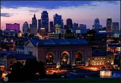 Kansas City Union Station and skyline