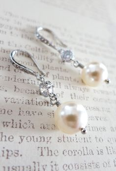 Sparkling Swarovski Pearl Drop Wedding Earrings with Cubic Zirconia , Jewelry Gift for Bridal, Bridemaid or Woman