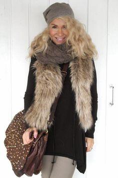 Style By Donna Fur Coat, Jackets, Style, Fashion, Sink, Down Jackets, Moda, La Mode, Fur Coats