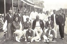 England cricket team at Trent Bridge 1899. Back row: Dick Barlow (umpire), Tom Hayward, George Hirst, Billy Gunn, J T Hearne (12th man), Bill Storer (wkt kpr), Bill Brockwell, V A Titchmarsh (umpire). Middle row: C B Fry, K S Ranjitsinhji, W G Grace (captain), Stanley Jackson. Front row: Wilfred Rhodes, Johnny Tyldesley.